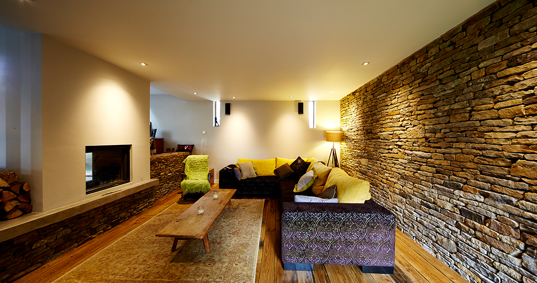 Tolan-House,-Derbyshire-Barn-Conversion-4